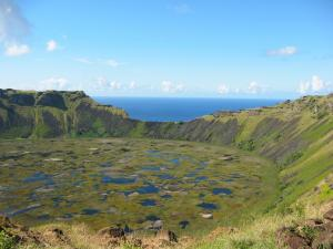 Central Valley And Easter Island Tour